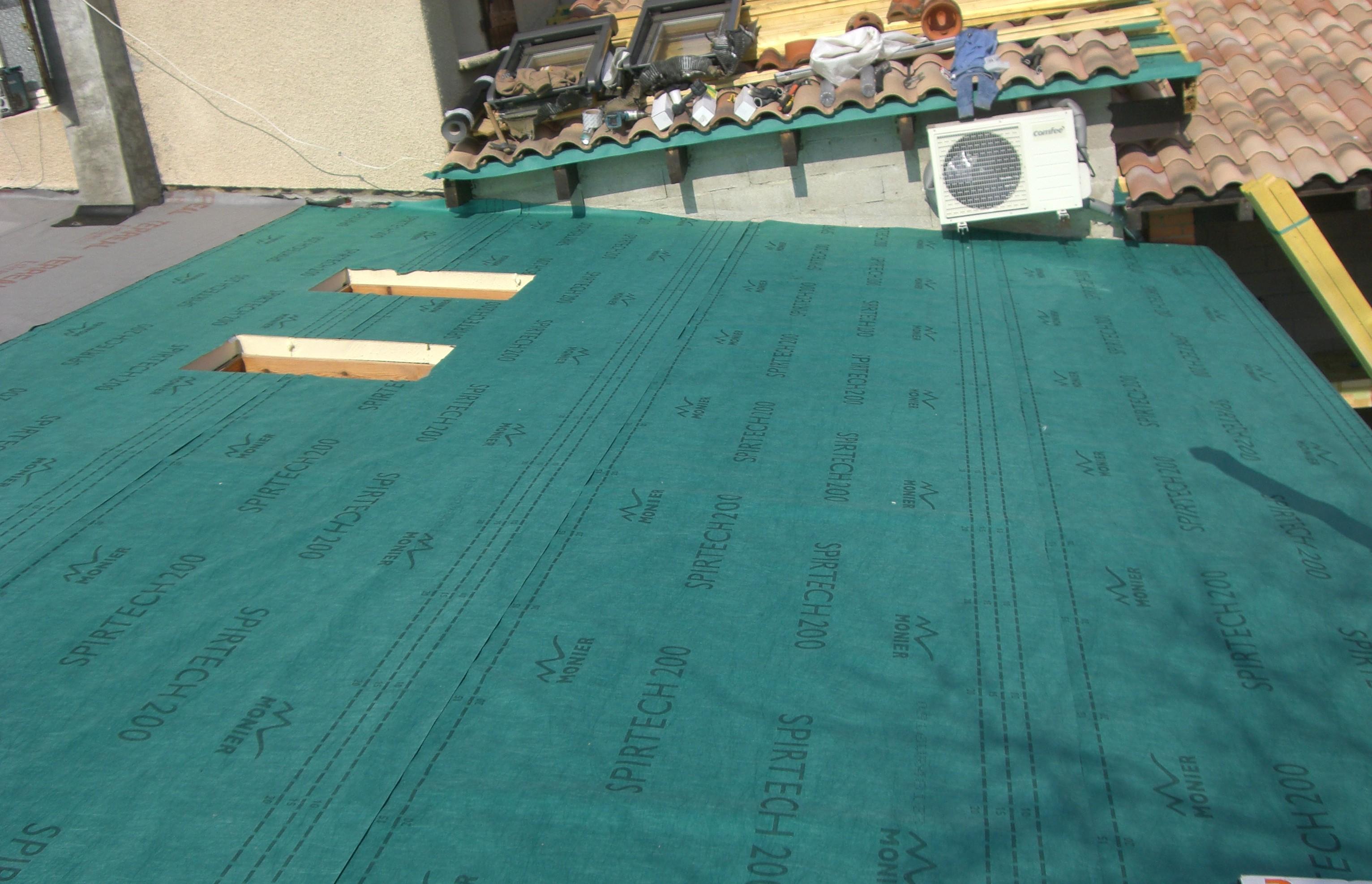 pose ecran de sous toiture et pare pluie gemil 31 ejdbat. Black Bedroom Furniture Sets. Home Design Ideas